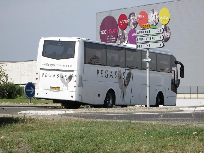 Les cars et bus anglais Img_6724