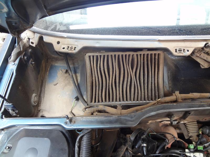 Peugeot 405 Signature ( Madagascar ) Dsc00511