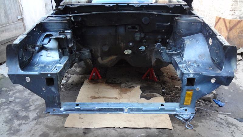 Peugeot 405 Signature ( Madagascar ) Dsc00712