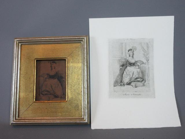 Marie-Antoinette au livre en robe bleue - Page 2 23145810