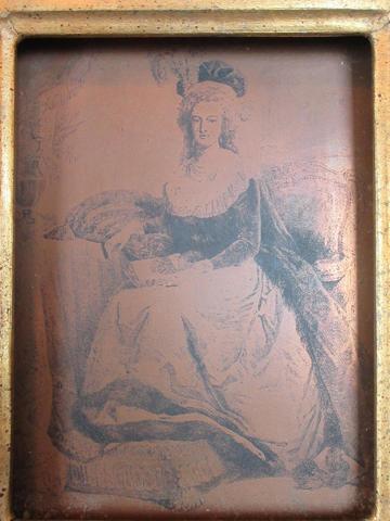 Marie-Antoinette au livre en robe bleue - Page 2 23150410
