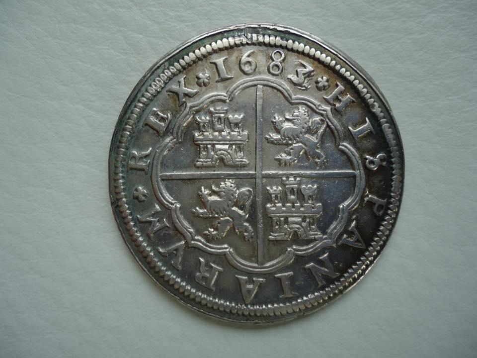 8 Reales 1683/2 Carlos II 3 ,sobre 2 36983610