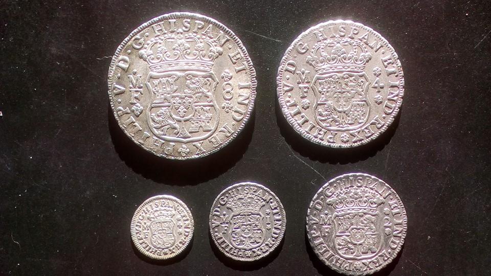 Monedas tipo columnario Felipe V. México 43476311