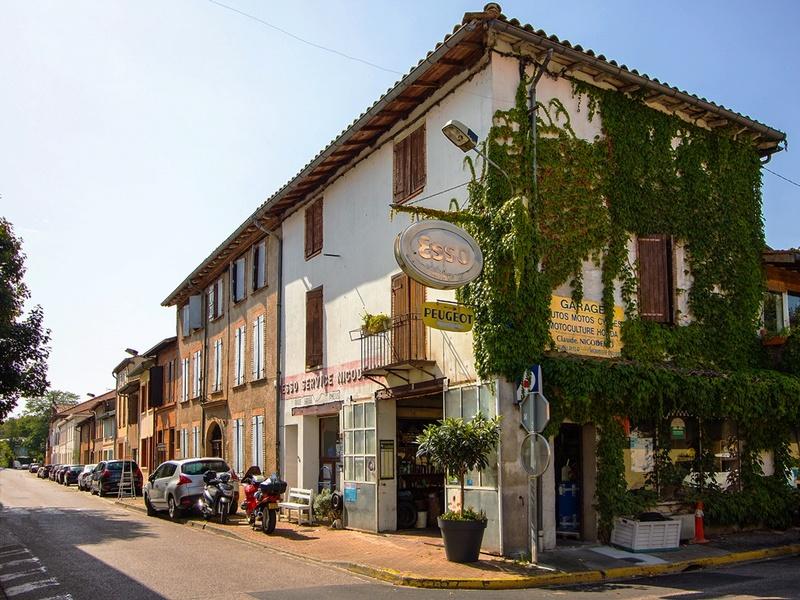 le village d'à coté - Page 9 Img_0636