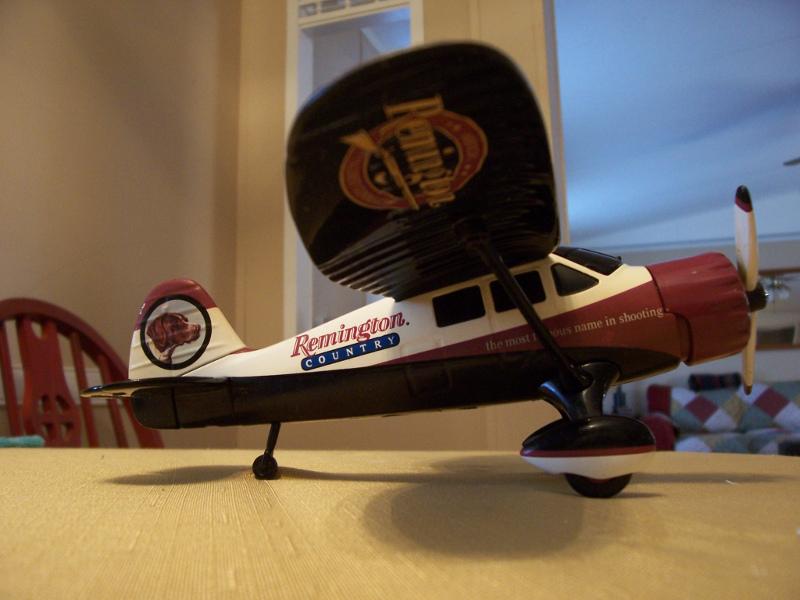 Remington's model airplane Rem_111