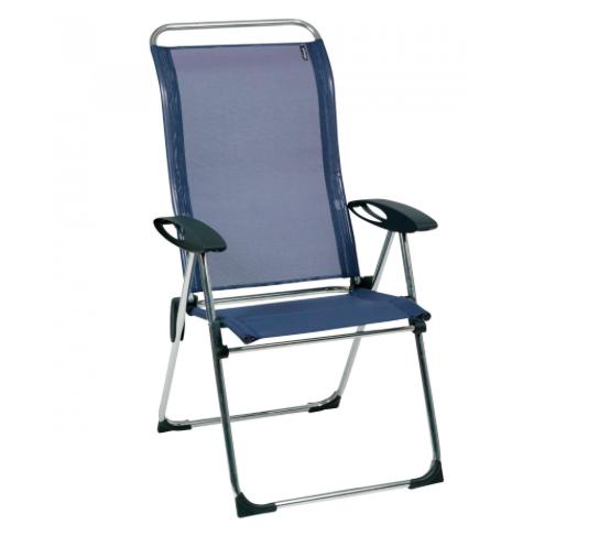 Des chaises tout confort qui servent de transat et qui ne prennent pas de place Captur12