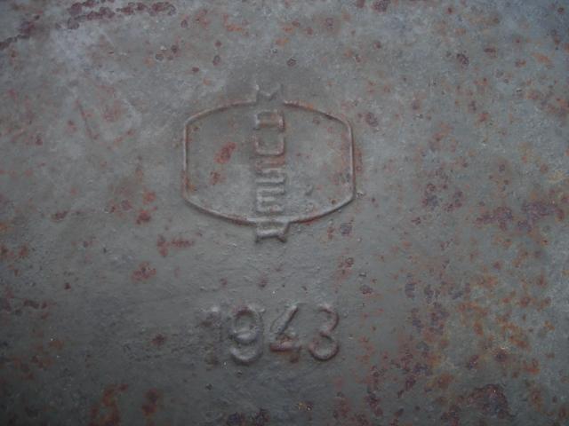tonneau et thermos à identifier Dsc07910