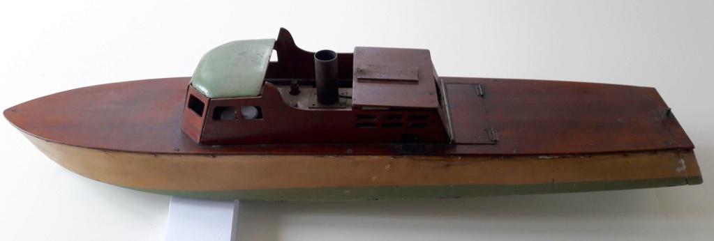 Canot à vapeur 40 Pouces 20190514