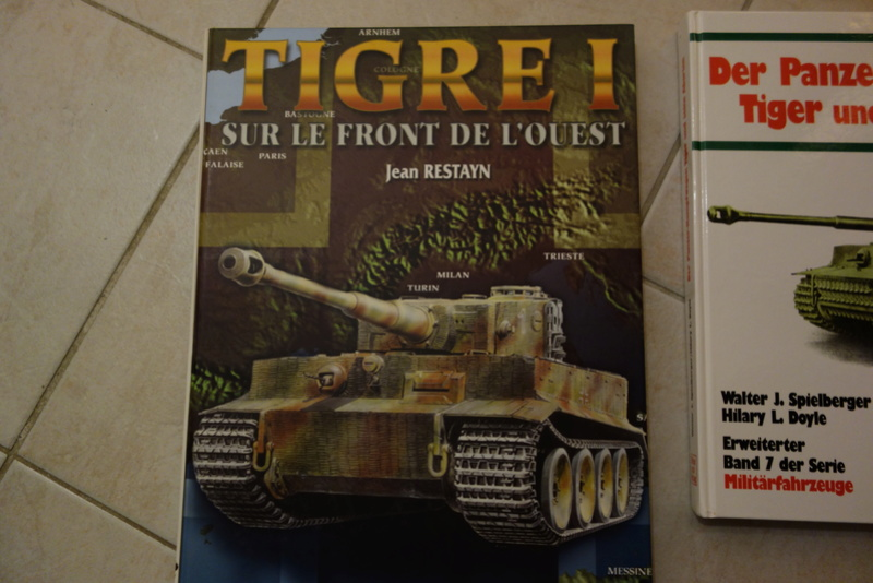 Diorama Petit déjeuner + Briefing (Tiger 1 1/35) Dsc03295
