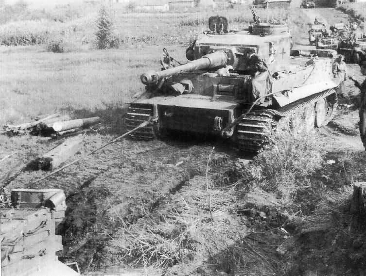 Diorama Bataille de Koursk et le Tiger 1  Tiger_10