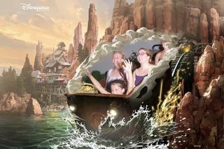 TR - Deux belges blondes en micro séjour à Disneyland Paris 14979712