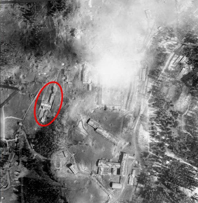 Balembois R. : Le Nid d'Aigle d'Hitler La Vérité Bergho10