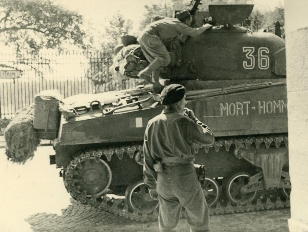 le char MORT HOMME - Page 4 Mort-h11