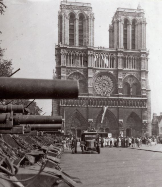 Notre-Dame Paris Seine Notre-10