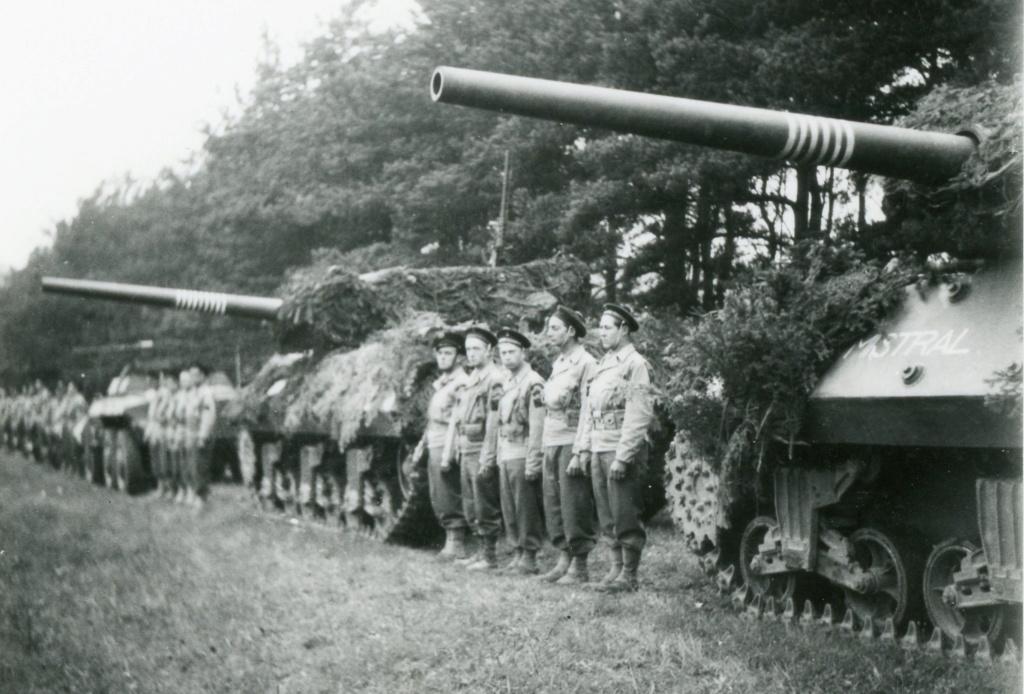 """Tank Destroyer """"Le Simoun """" - Page 2 Rbfm-410"""