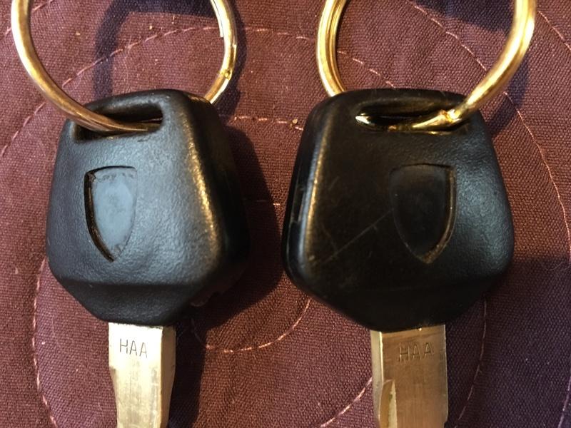 Logos clés alu gris Cly_bo11