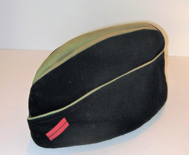 Bonnets de police à identifier Coisou10