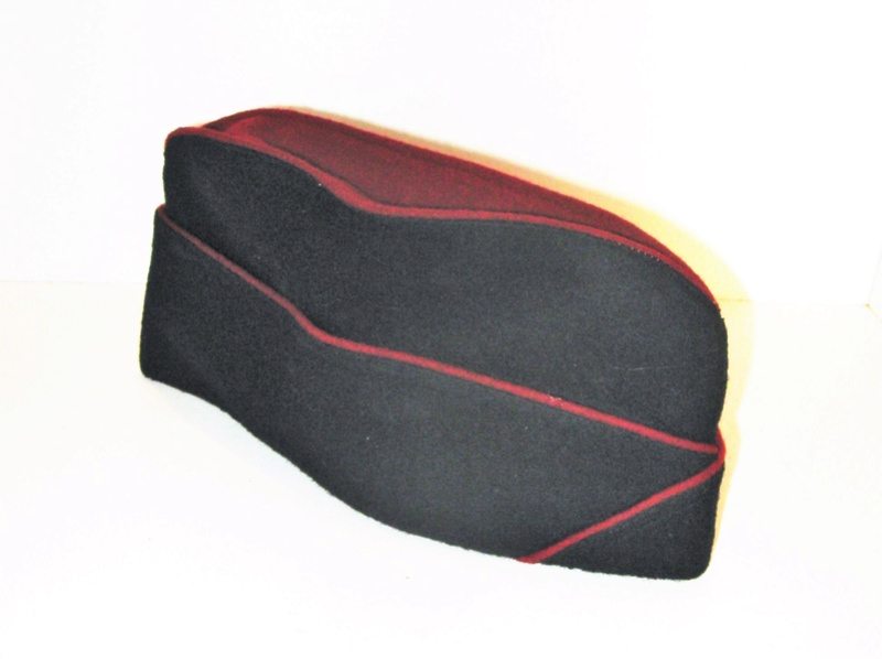 Bonnets de police à identifier Coisou13