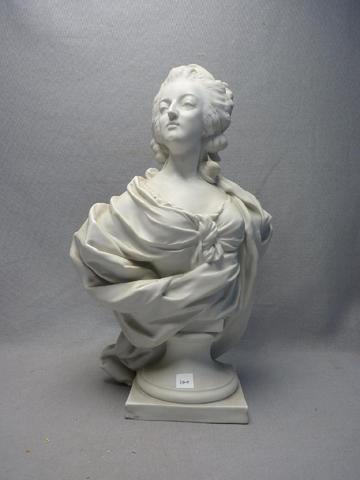 A vendre: bustes Marie Antoinette - Page 6 08514010