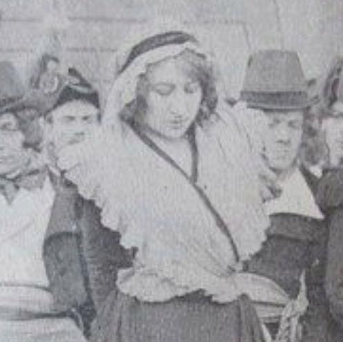 Une Aventure Secrète de Marie-Antoinette, avec Yvonne Mirval (Camille Morlhon - 1910) Sans_t11