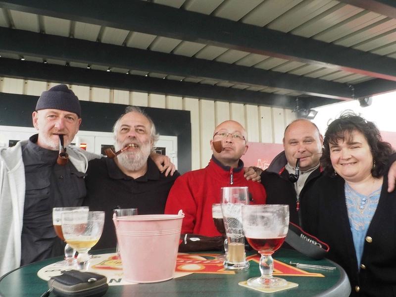 bonne rencontre pour le pipe club de cherbourg - Page 3 P8300010