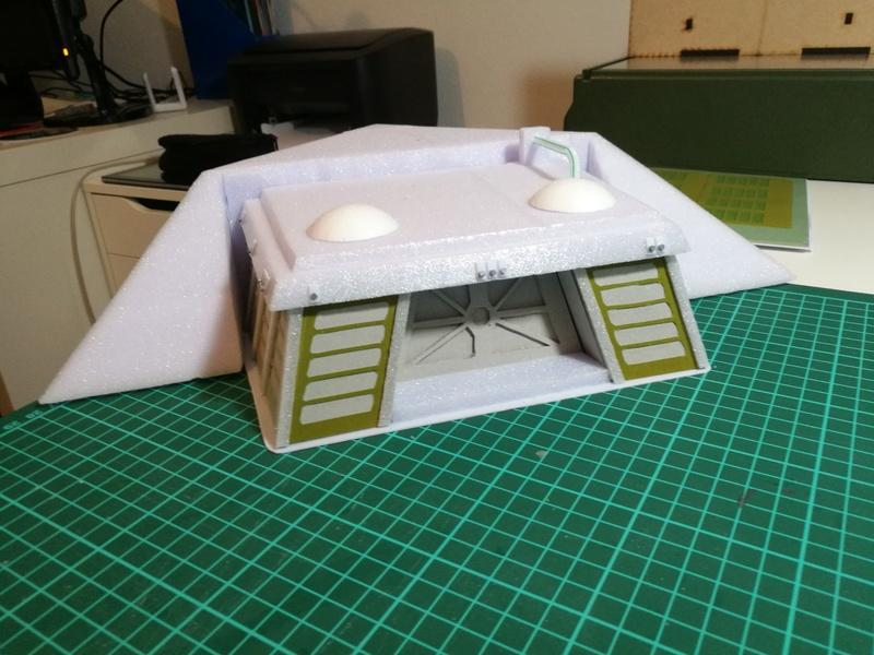 [Legion] Darh_Docs Gelände: Schildgenerator Bunker und Kiste Img_2019