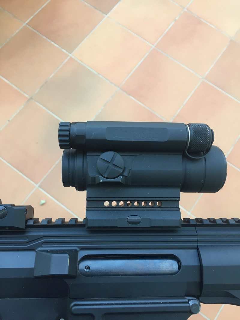 Aimpoint M4 occasion  Img_4019