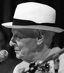 Isaac Bashevis Singer Isaac_11