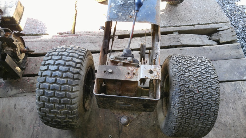 Massey MF7 trail tractor 20170612