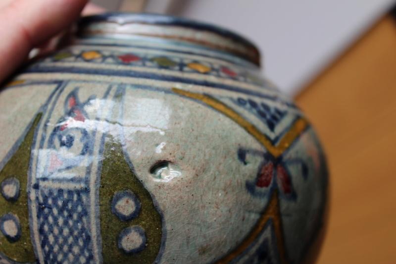 Continental vase/ pot Img_0412