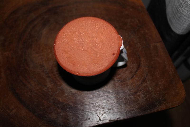 Id on pottery mug Img_3112