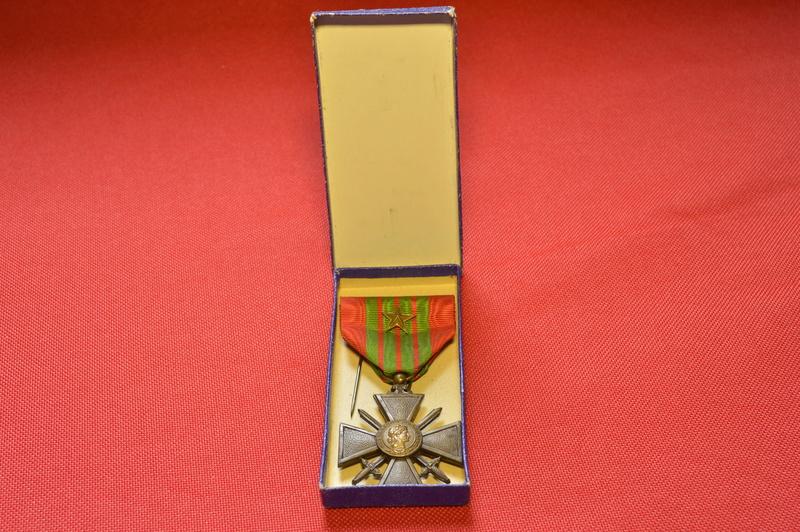 Fabrication croix de guerre 1939 _dsc0095