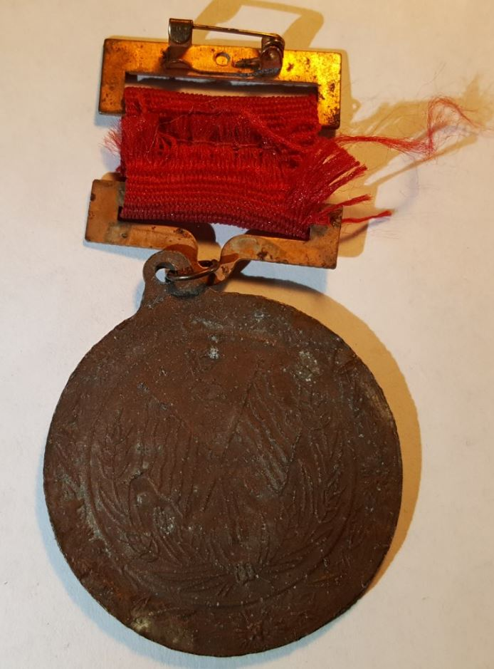 Communist Commemorative Pins - China - n Korea - Soviet Union 20170968