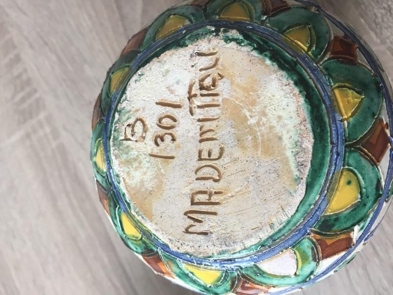 Italian sgraffito vase Img_2632