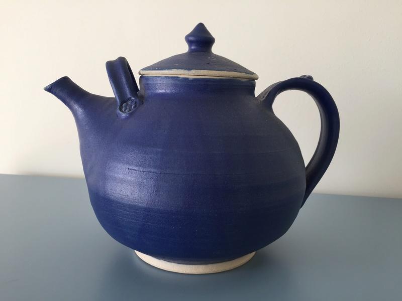 Large tea pot BB mark Img_2719