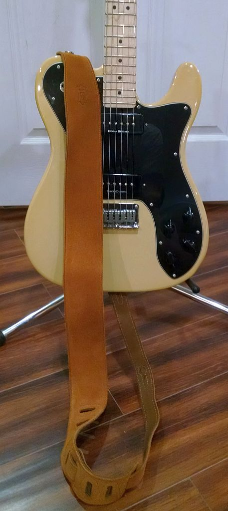 Straps on the forums! Squier10