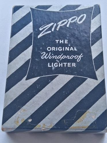 Les boites Zippo au fil du temps Dsc_0343