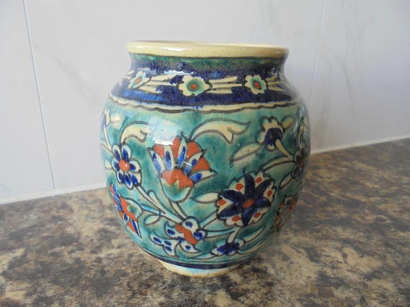 Help ID Vase Art Nouveau Design Signed Dsc05911