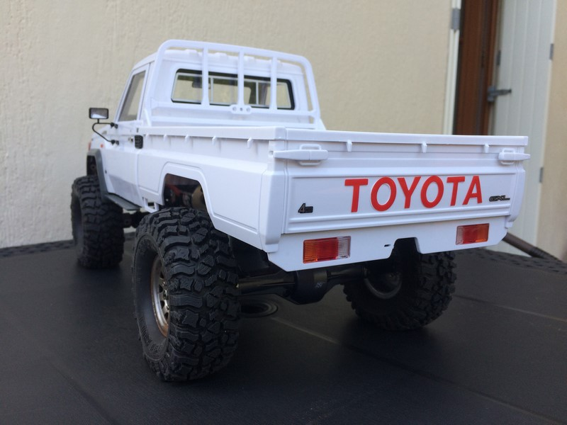 Toyota LC70 sur MST CFX. - Page 3 Img_3010