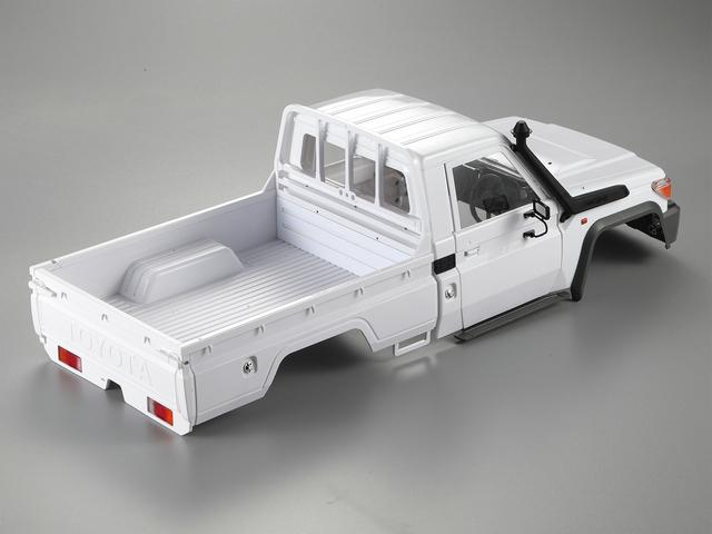 Toyota LC70 sur MST CFX. Lc70ar10