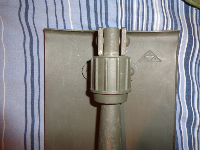 Danish shovel with cover, very late type of the M45-50 / 59? Dsc02811