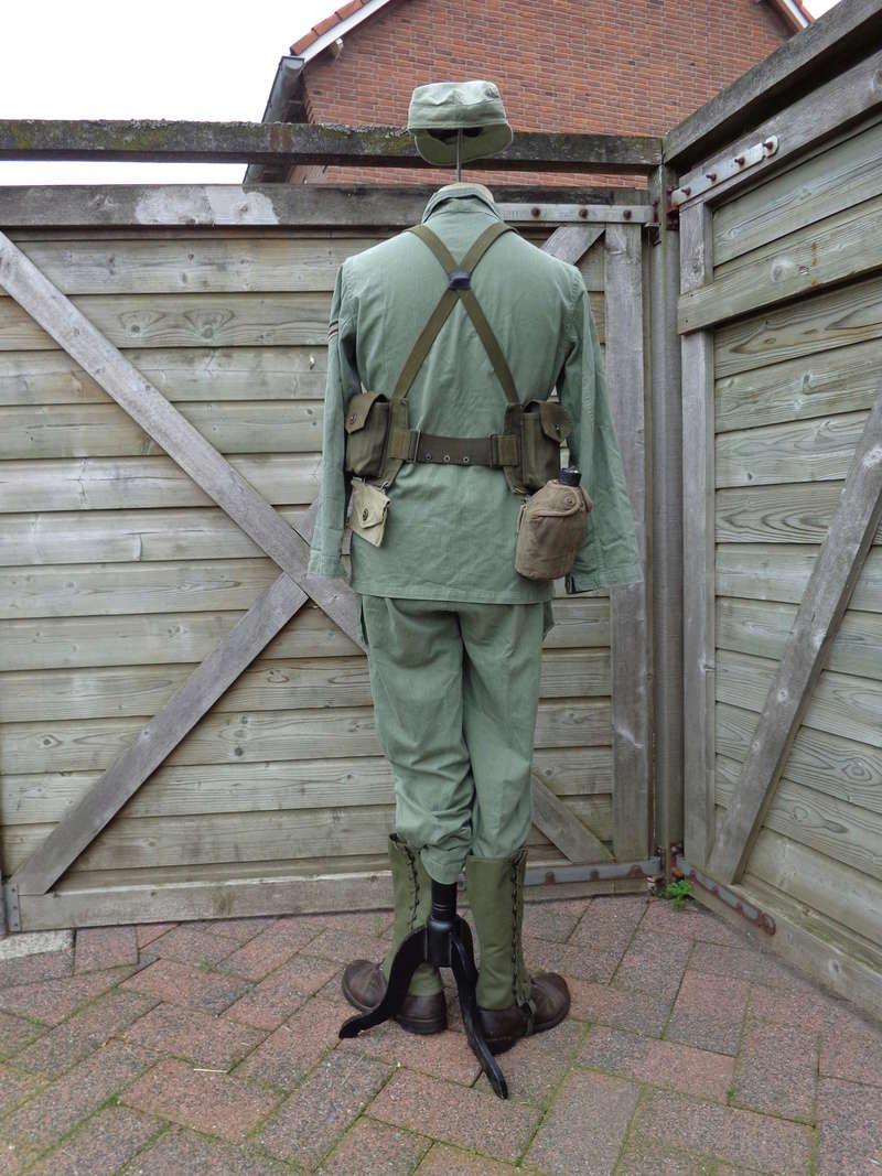 Dutch army loadout displays (cold war era) - Page 2 Nederl12
