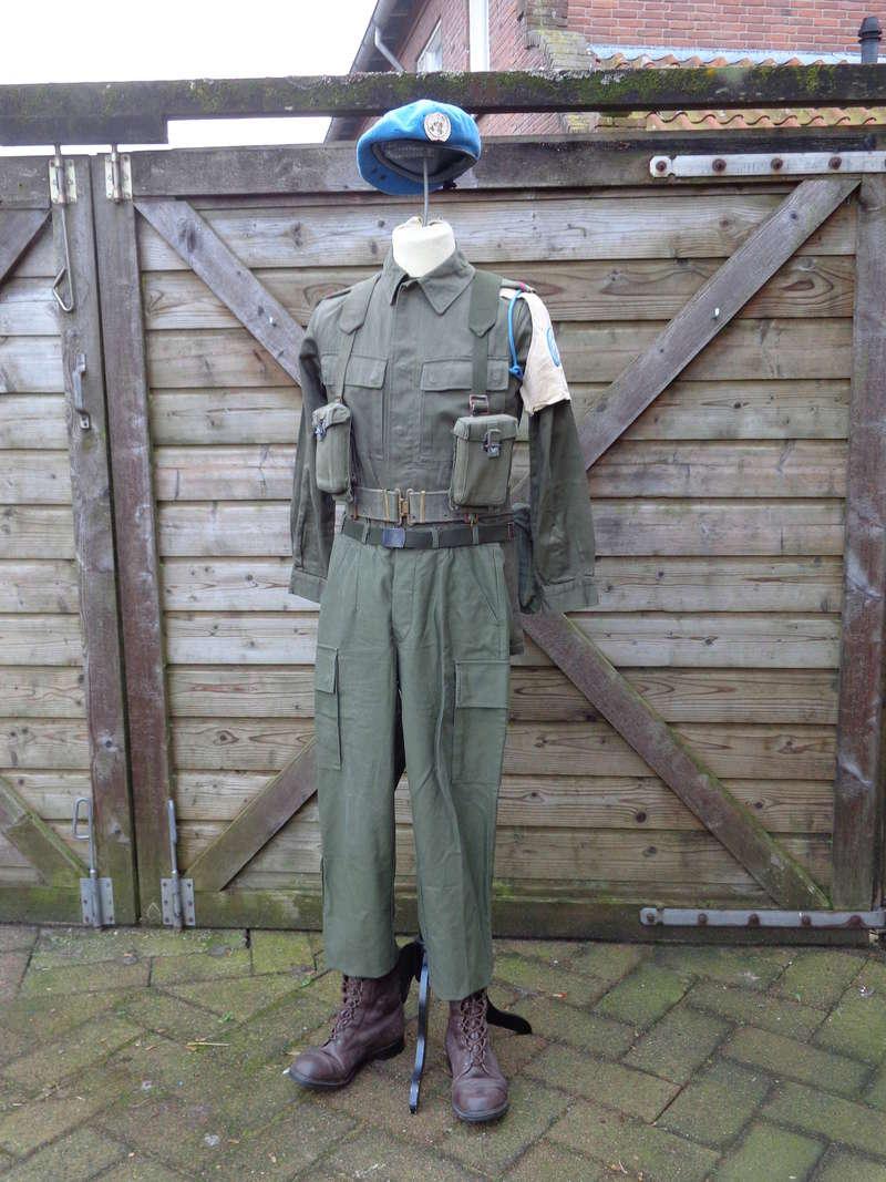 Dutch army loadout displays (cold war era) - Page 2 Nederl25