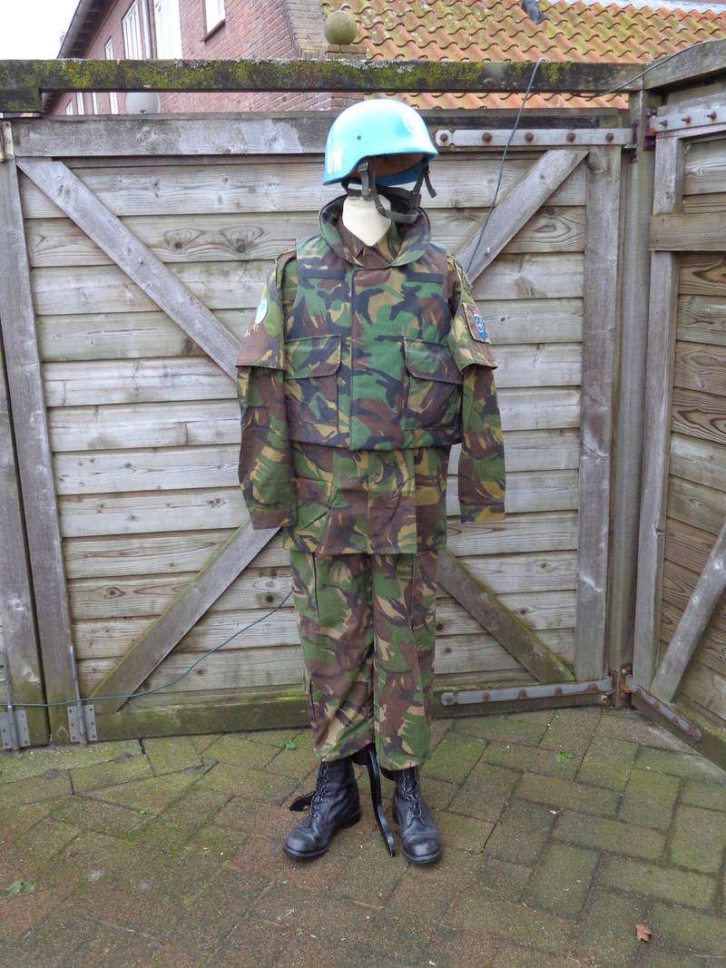 Dutch army loadout displays (cold war era) - Page 2 Nederl37