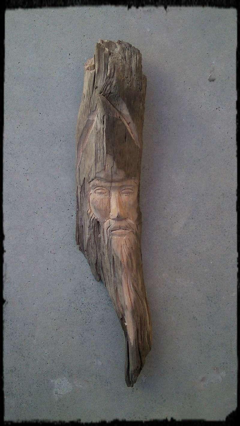 JJ - caché dans le bois Esprit42