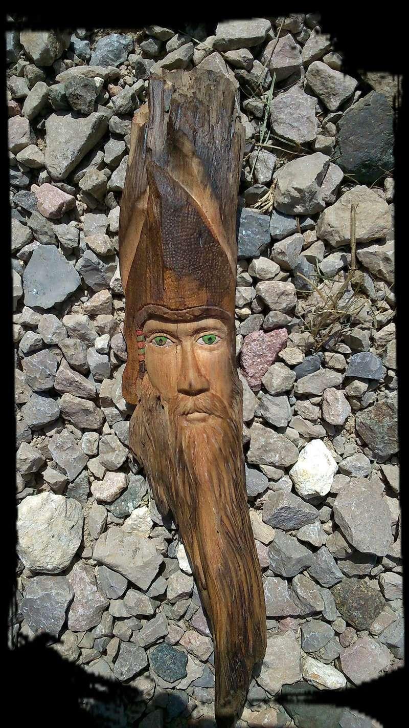 JJ - caché dans le bois Esprit45