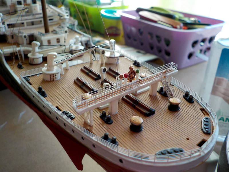 Titanic 1/400 de Revell - Page 10 Dscn3112