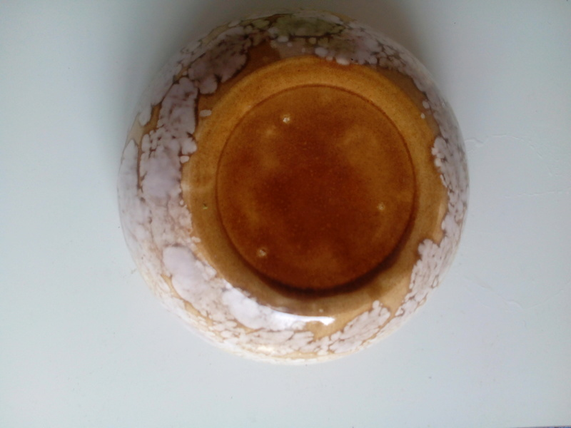 Splodgy glazed bowl - anyone recognize it? Img_2021