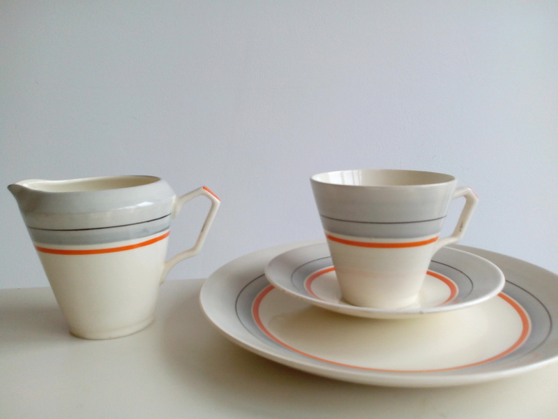 Anyone recognise this deco-ish tea set? Img_2028