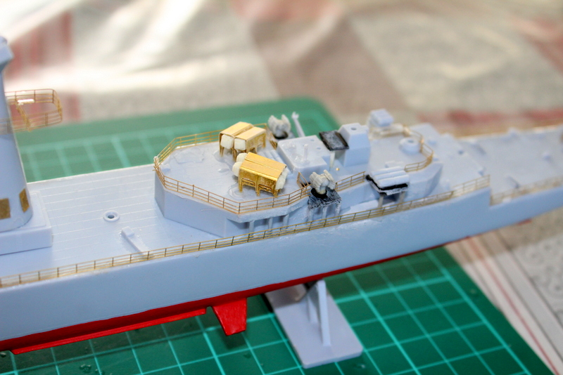fregate duquesne heller 1/400 Img_7817